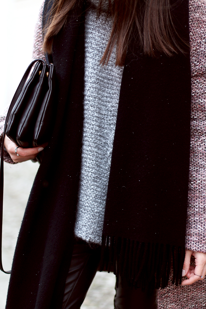 Knitwear and leather, outfit, strick mit leder