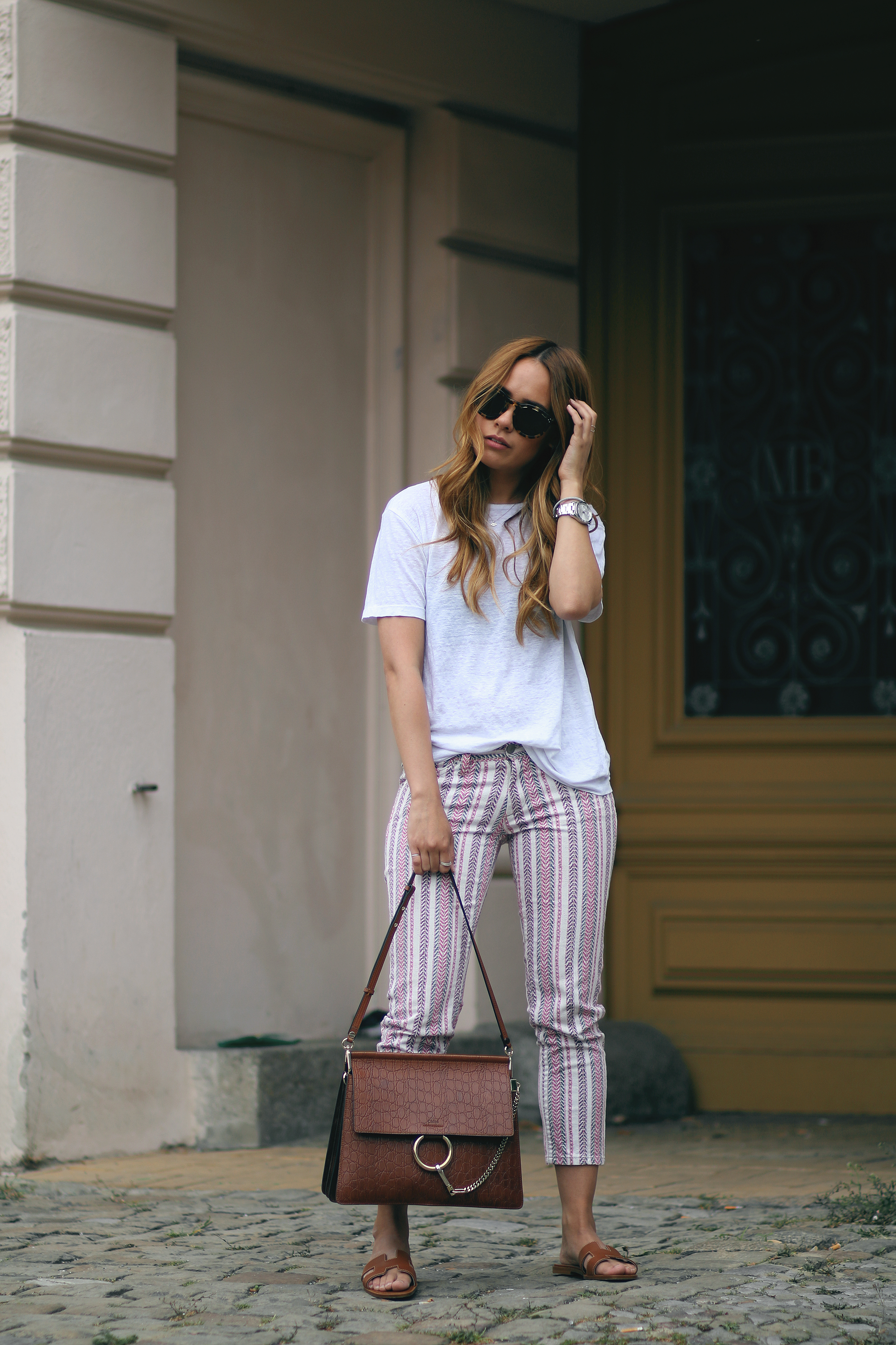 Outfit The Printed Trousers 187 Teetharejade